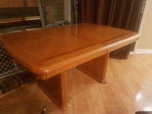 dining table,  6 chairs and buffet/hutch