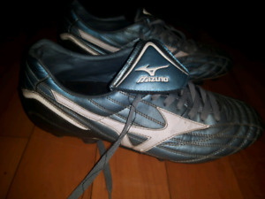 Chaussures Soccer football shoes Mizuno 10