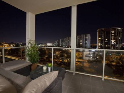 A MUST SEE! 2x2x2 Luxury F/Furnished Apartment
