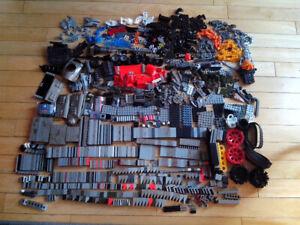 Mega blocs and Meccano various sets – over 100 pieces