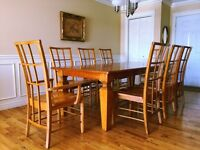 ✨✨ Moving sale - dining table set for 8✨✨