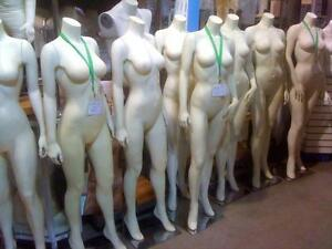 MANNEQUINS,SHOWCASES NEW USED STORE FIXTURES USED