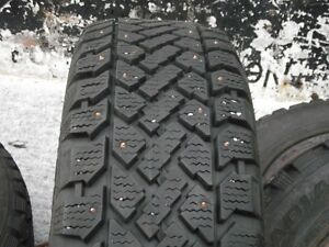 4/ 195x60x15 studded  winter tires