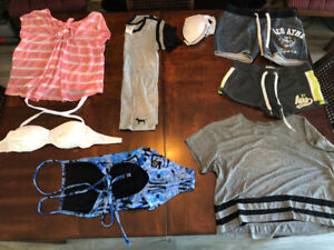 Ladies clothes 7 pieces size X small take it all $20.00