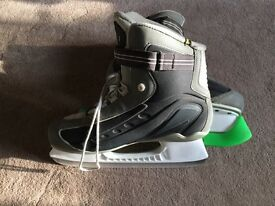 Adult size 10 Ike ice skates (reduced)