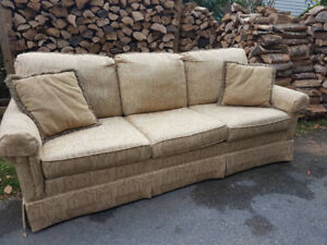 Comfy 3-seat Couch