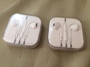 Brand  New Earphones for iPhone 6 5 4S