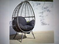 BNIB Standing egg chair