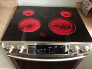 Samsung slide in electric range & convection Oven