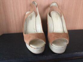 HOBBS Ginger sandals, size 38 (5)