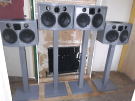 4 Lovely speakers and stands in mint condition swap sell 100 for 4