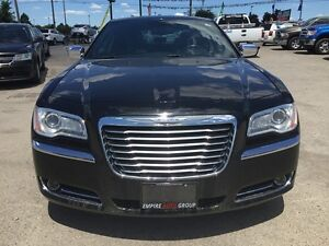 2012 CHRYSLER 300 LIMITED * LEATHER * SUNROOF * BLUETOOTH * REAR London Ontario image 9