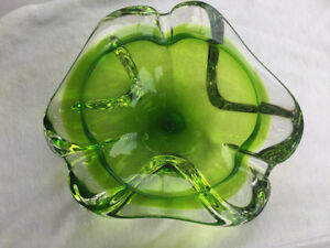 Cendrier ashtray en verre soufflé
