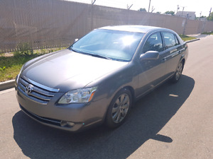 2005 TOYOTA AVALON---- ONE OWNER , NO ACCIDENTS, LOCAL CAR