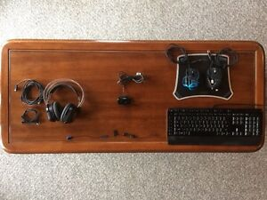 Selling 2 gaming headsets