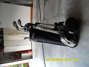 Used Ladies Golf Clubs and Cart- Right hand