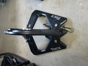 Tacx Neo Ditect Mount Trainer (with 105 Cassette)