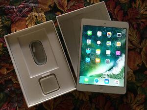 Apple iPad mini 2 32gb silver swap/trade for a camera.