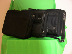 Computer laptop bags in excellent condition