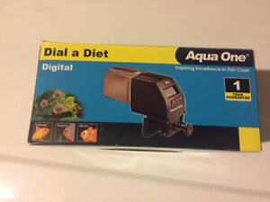Automatic feeder - fish/ turtles...etc
