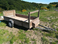 """Lightweight galvanised chassis single axel braked trailer Approx 9ft long x 4ft 6"""" wide"""
