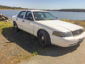 2010 Ford Crown Victoria Street Appear Sedan