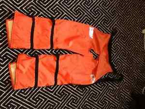 New chainsaw chaps Oakville / Halton Region Toronto (GTA) image 1
