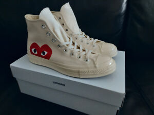 Deadstock BNIB Comme des Garcons Play CDG Converse - Off-White