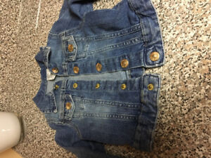 Girls Jean jacket like new