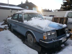 1981 Volvo 240 Diesel. GOING FOR SCRAP