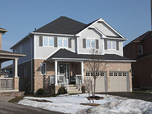 8 Power Rd, Lindsay-4 bdrm home in child friendly neighbhourhood