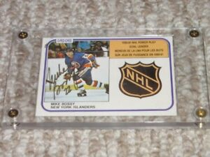 OPC 1981/82 Mike Bossy Autographed Hockey Card