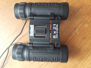 Compact Bushnell Binoculars for Birdwatching Astronomy Travel