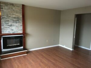 East - Renovated 2 bedroom with en suite bath