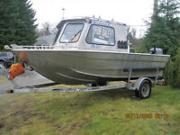 17 1/2 ft Aluminum Custom Built Boat