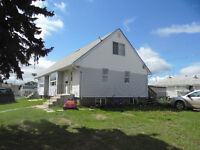 Hay Lakes Half-Duplex Close to Edm, Leduc, Camrose, PETS OK!