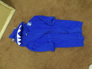 Shark House coat-size 4