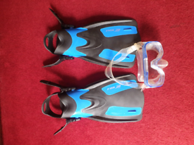 Children's Snorkeling Mask & Fins
