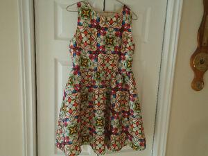 Sleeveless Multicolored dress