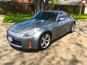 2006 Nissan 350Z Coupe (2 door) MINT