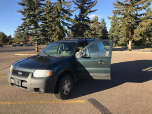 2003 Ford Escape (manual) *Very Clean*