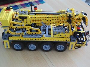 Lego Technic Mobile Crane 8421