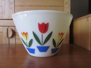"""Vintage Large 6"""" Fire King Tulip Splash Proof Bowl - Anchor Hock"""