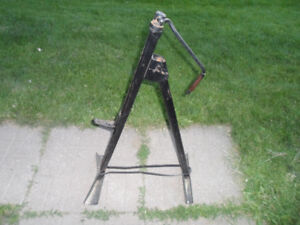 OLD BUMPER JACK FROM THE 1960'S
