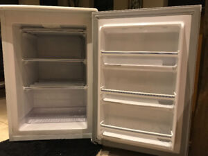 Kenmore compact upright freezer in perfect condition