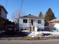 NICE HOUSE - CLOSE TO CHAMPLAIN/PANAMA - BROSSARD
