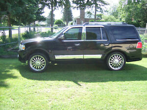 2010 Lincoln Navigator beaucoup de chrome VUS