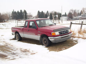 1993 Ford Ranger XL SuperCab 2WD Pickup Truck