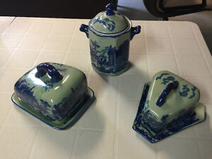 Delft replica cheese plates with covers and canister