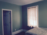 FURNISHED ROOM WITH A PRIVATE BATHROOM-MARCH 1ST